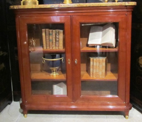 A pair of Louis XVI bookcases stamped Etienne Avril -