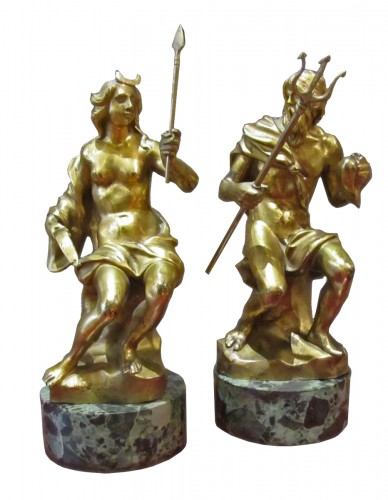 A pair of rarely French gilted bronze early 18th century