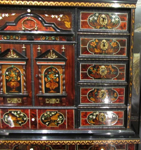 Louis XIV period cabinet with jasmine flowers -