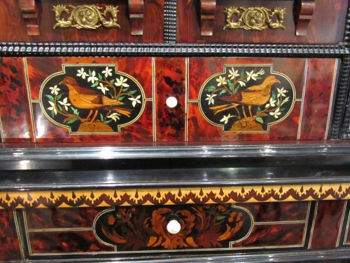 17th century - Louis XIV period cabinet with jasmine flowers