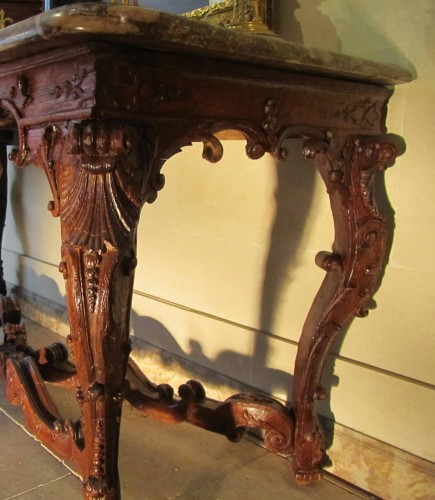 An important Regence carved oakwood console-table - French Regence