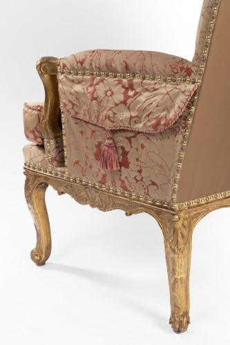 Seating  - A pair of Regence giltwood Bergeres