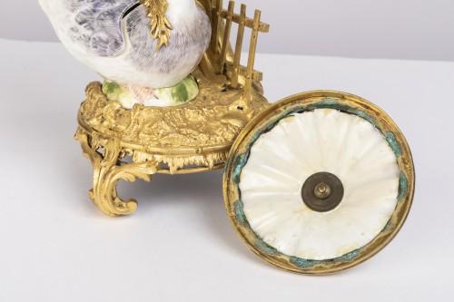 Louis XVI - Pot-Pourri ,porcelaine et bronze , XVIIIème Siècle .