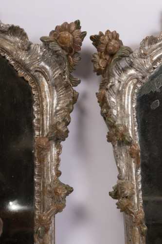 Antiquités - Pair of silver plated wooden mirrors Italian 18 th century