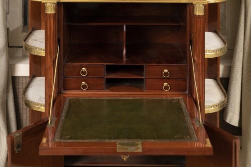 Antiquités - A Louis XVI ormolu-mounted Mahogany Secretaire attributed à Etienne Avril