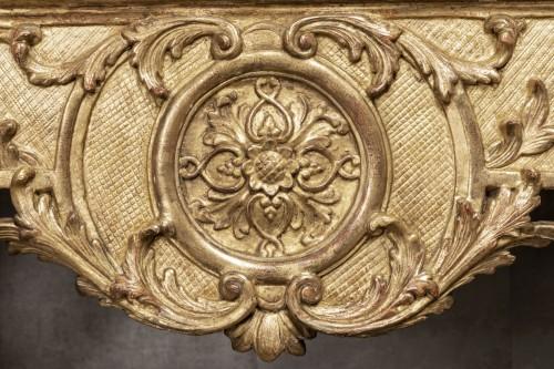 Antiquités - An Giltwood Regence Caryatid Console table