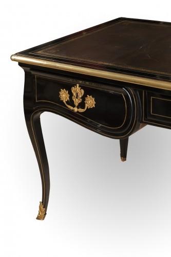 A Louis XV ormolu-mounted black Pear-tree Half 18th Century - Furniture Style Louis XV