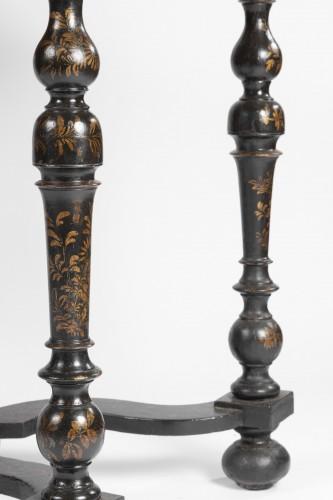 A Rare Louis XIV Table Epoque Louis XIV black lacquer  - Louis XIV