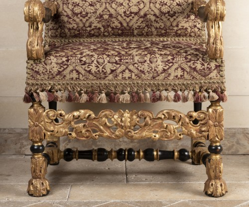 A rarely Pair of Louis XIV giltwood and blackenedwood - Seating Style Louis XIV
