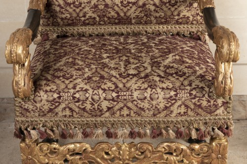 Seating  - A rarely Pair of Louis XIV giltwood and blackenedwood