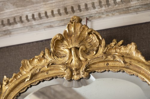 A Louis XV  Gilt wood Mirror  - Mirrors, Trumeau Style Louis XV