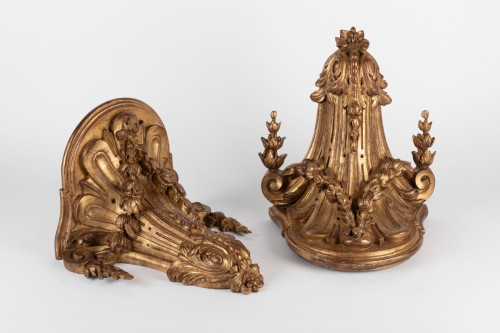 Louis-Philippe - A pair of giltwood Wall Brackets