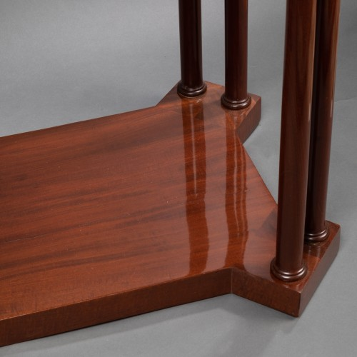 19th century - An Empire Mahogany Table attributed to Jacob-Desmalter