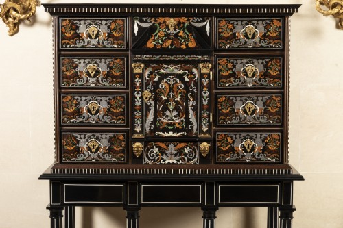 Louis XIV period cabinet attributed to Pierre Gole - Furniture Style Louis XIV