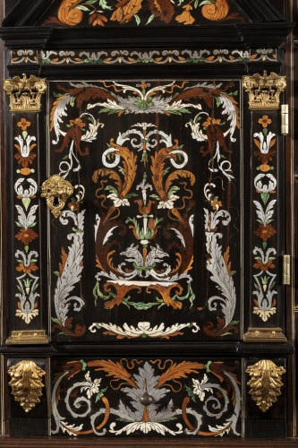 Antiquités - Louis XIV period cabinet attributed to Pierre Gole