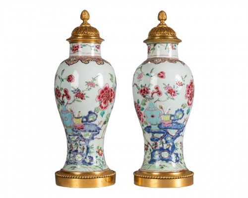 Pair of porcelain vases China, Qianlong period