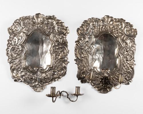 17th century - Silvery metal wall lights Pair end XVII°  Century