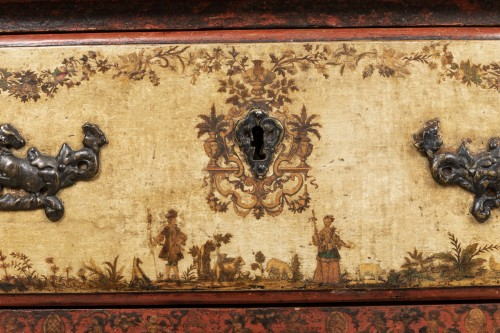 Antiquités - A polychrome-decorated Lacca Povera Commode 18TH century