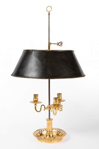 Louis XVI - A Louis XVI Ormolu three lights Bouillotte Lamp