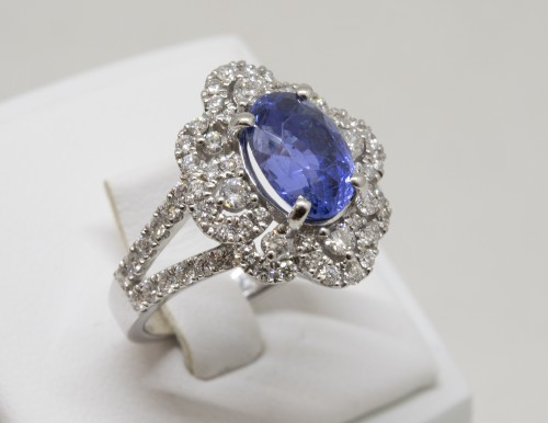 Antique Jewellery  - Sapphire and Diamonds Ring in 18k Gold