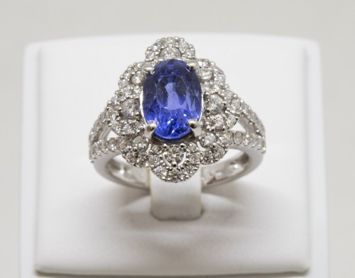20th century - Sapphire and Diamonds Ring in 18k Gold