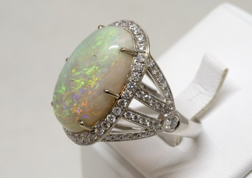 Opal ring - Antique Jewellery Style