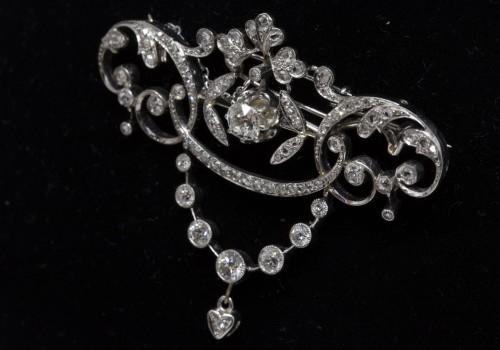 Gold and diamond pendant circa 1900-1910 - Antique Jewellery Style