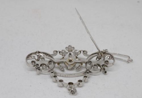 Gold and diamond pendant circa 1900-1910 -