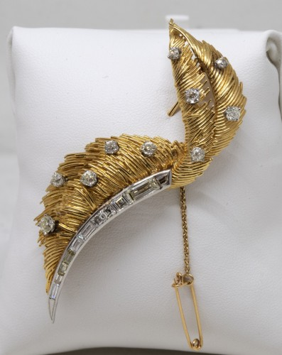 "20th century - ""Feather"" brooch"