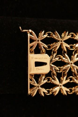 Boucheron - gold bracelet set with emerald -