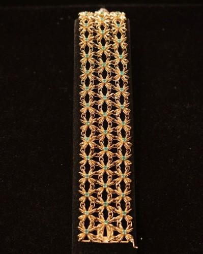 20th century - Boucheron - gold bracelet set with emerald