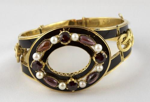 Napoléon III - Napoleon III bracelet in 18K gold and black enamel