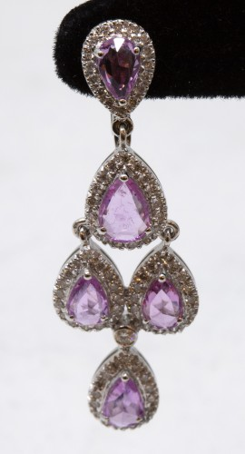 Antique Jewellery  - Pair of gold pendants, Sapphires and diamonds