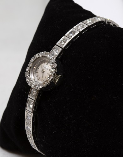 "Antique Jewellery  - Platinum watch brand "" Roy Watch"" set with TA diamonds"