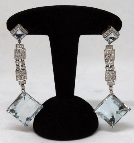 Pair of platinum art-deco ear pendants set with small diamonds aquamaries - Art Déco