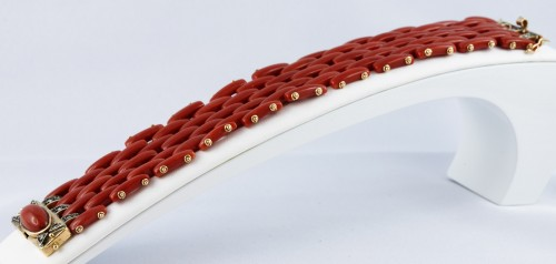 Coral bracelet - Antique Jewellery Style