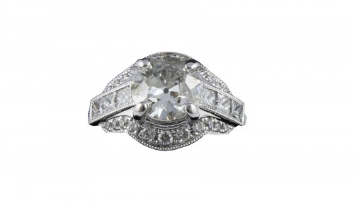Ring in 18K white gold and diamonds