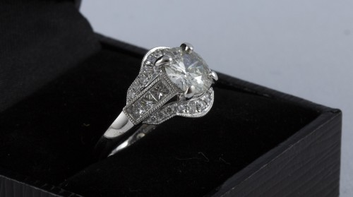 Ring in 18K white gold and diamonds - Antique Jewellery Style