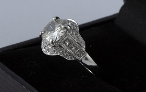 Antique Jewellery  - Ring in 18K white gold and diamonds