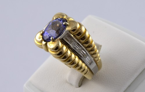 18K Gold, Platinum, Tanzanite and Diamond Ring - Antique Jewellery Style 50