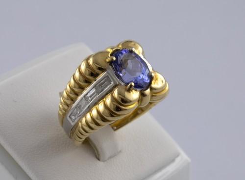 Antique Jewellery  - 18K Gold, Platinum, Tanzanite and Diamond Ring