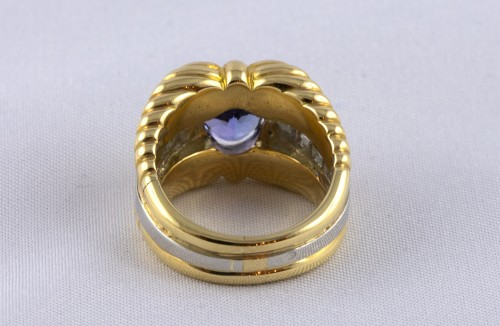 Bague en or, platine, tanzanite et diamants - Jacqueline & Claude Barbanel
