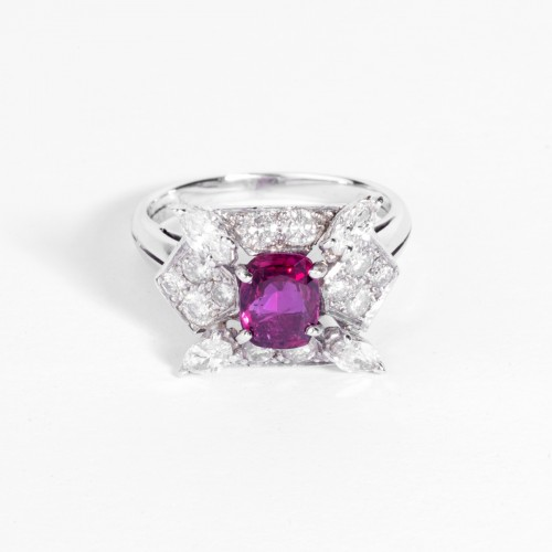 Antique Jewellery  - Gold, Ruby and diamond ring