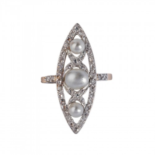 Marquise ring in gold and platinum set with fine pearls and small diamonds