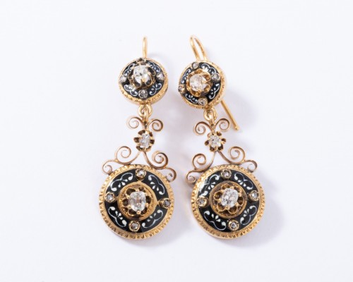 19th century - Enamelled 18k gold earrings, set with small diamonds