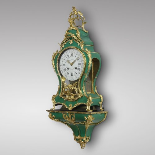 "Mid-18th Century ""Corne Verte"" Cartel on its Console - Clocks Style Louis XV"