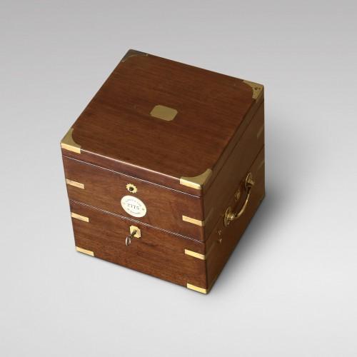 Antiquités - Eight-Day Duration Marine Chronometer, Aldred & Son