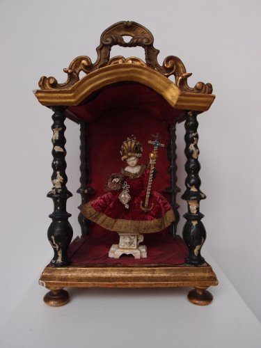 The infant Christ in a Baldachin - German School 18th century - Religious Antiques Style