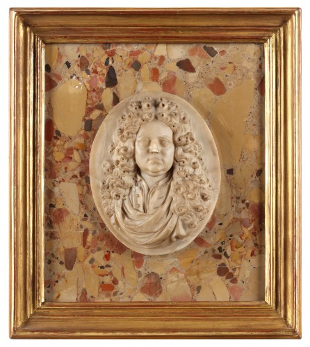 Alabaster portrait of a French nobleman (18th century)