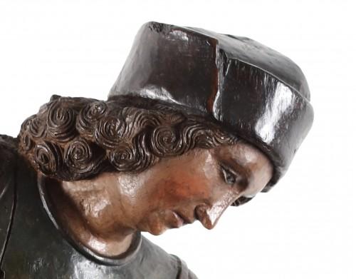 Saint Crispin - Sculpture Style